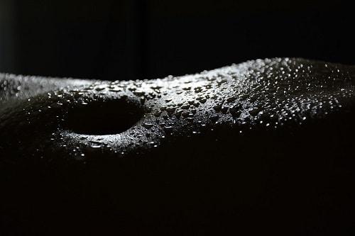 sweat black and white