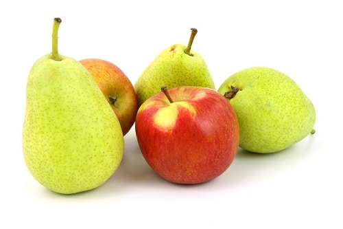 Three green pears and 2 apples