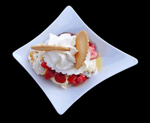 Strawberry sundae in a white plate