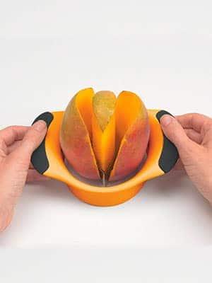 Mango splitter tool