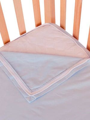 easy fit zip up cotton crib sheet in blue