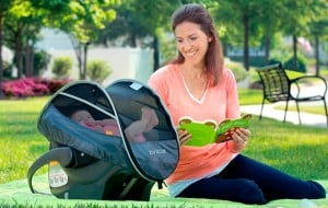 Infant car seat covers: Keep your baby comfortable in any season