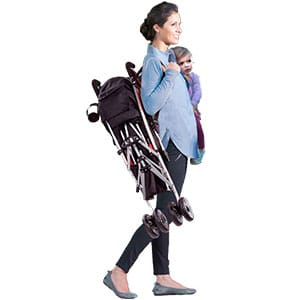 mom carrying summer infant 3d lite over shoulder with baby in other hand