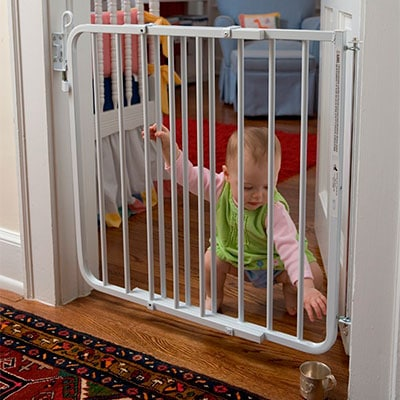 Cardinal Gates auto lock hardware mounted baby gate