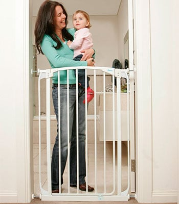 Dream Baby Extra Tall Swing Closed Baby Gate