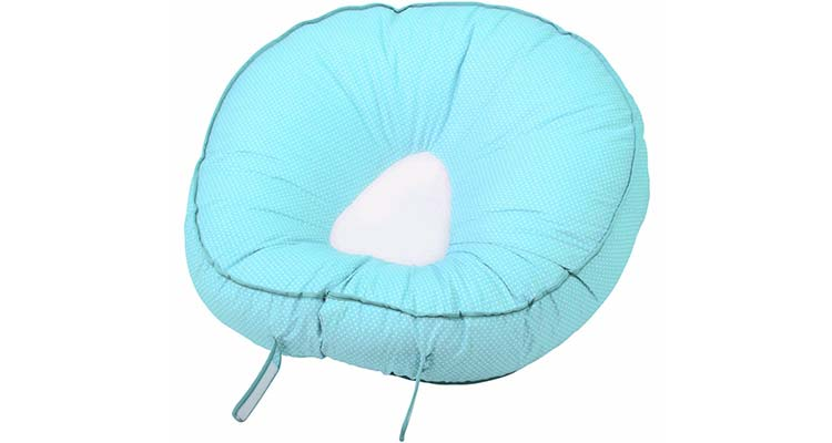 Adjustable tabs on blue leachco podster infant lounger