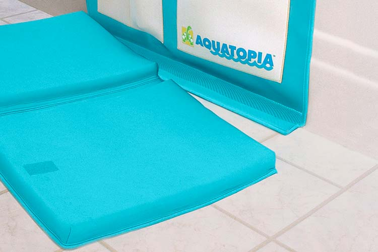Separating the bath kneeler from Aquatopia deluxe