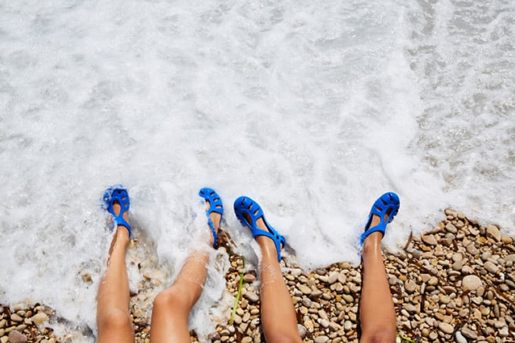TWo Kid Girls Legs Beach