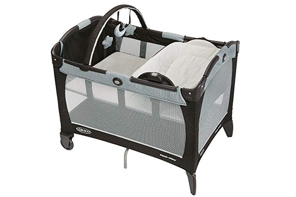Graco Pack 'n Play Playard with Reversible Napper & Change
