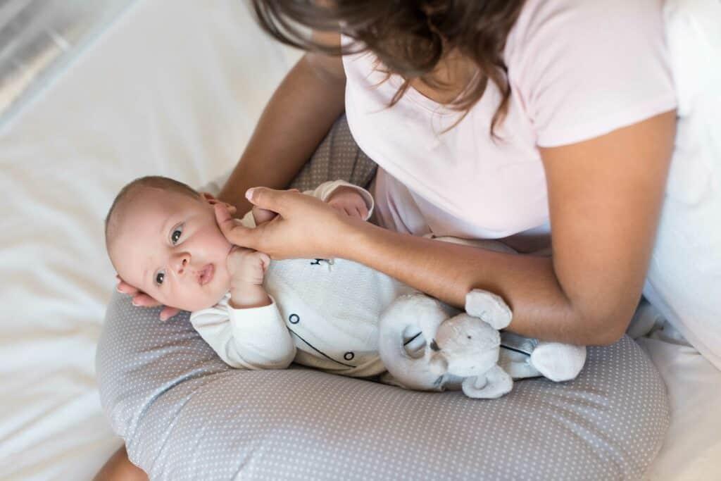 nursing pillow types