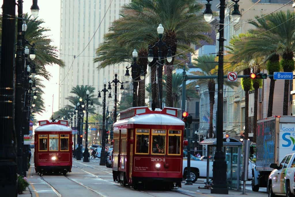 Tour busses in New Orleans
